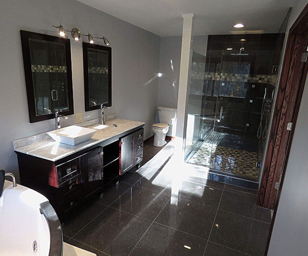 Full Bathroom From Jacuzzi
